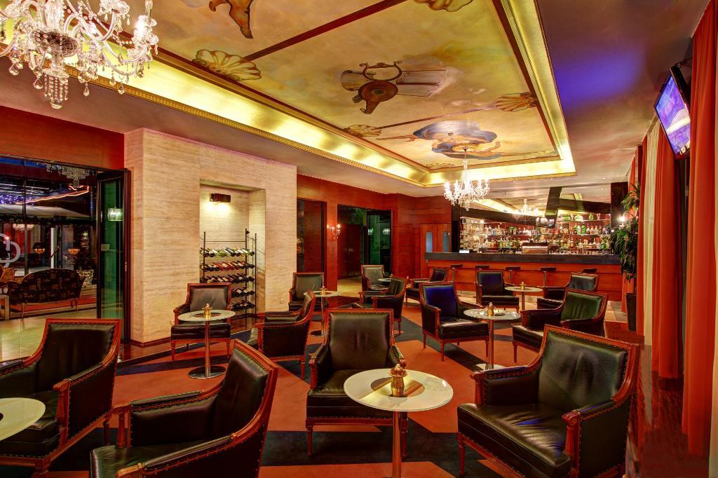 迪維努斯酒店