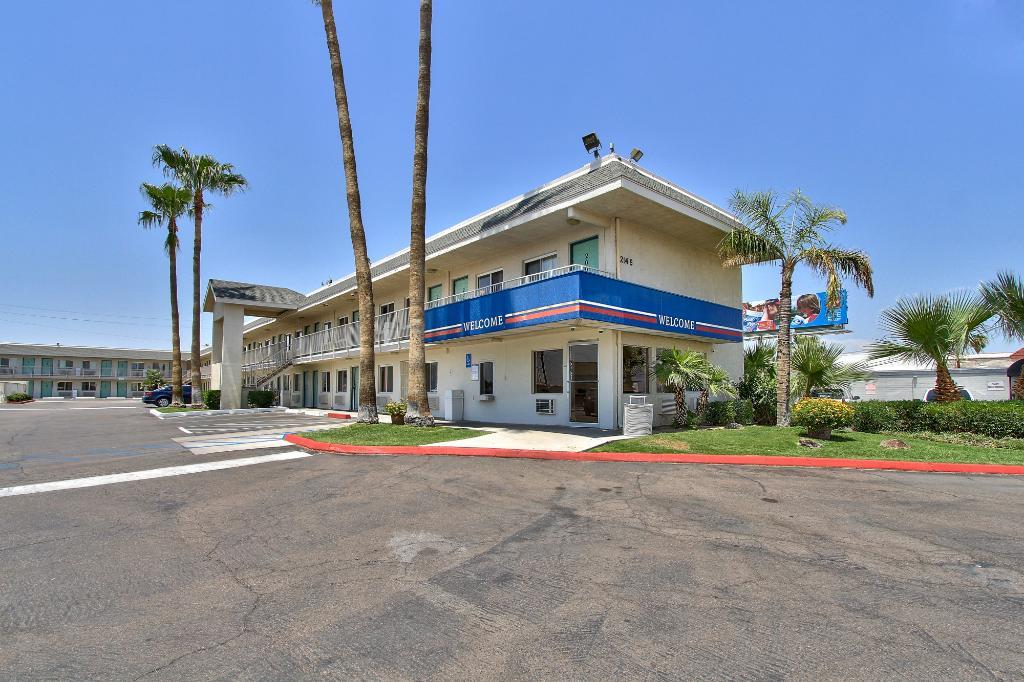 Motel 6 Phoenix Airport - 24th Street