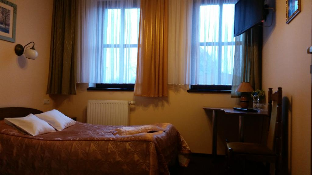 Hotel  Podzamcze