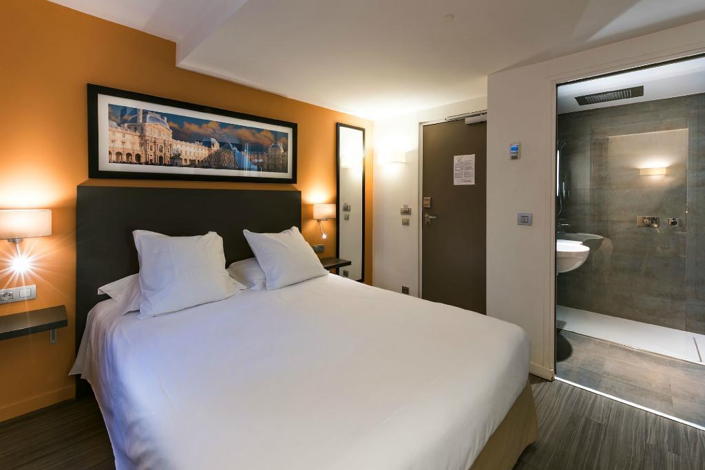 ホテル ルーブル リシュリュー