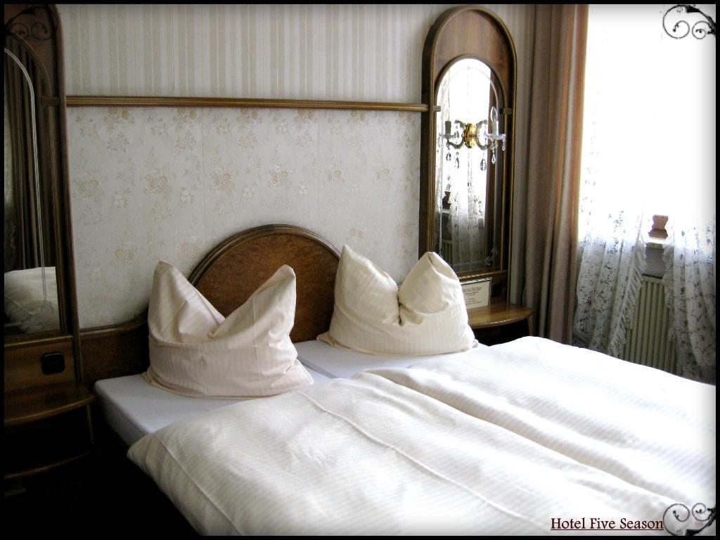 Hotel Five Seasons