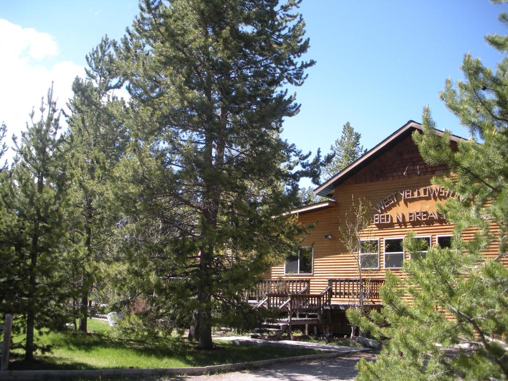 West Yellowstone B & B
