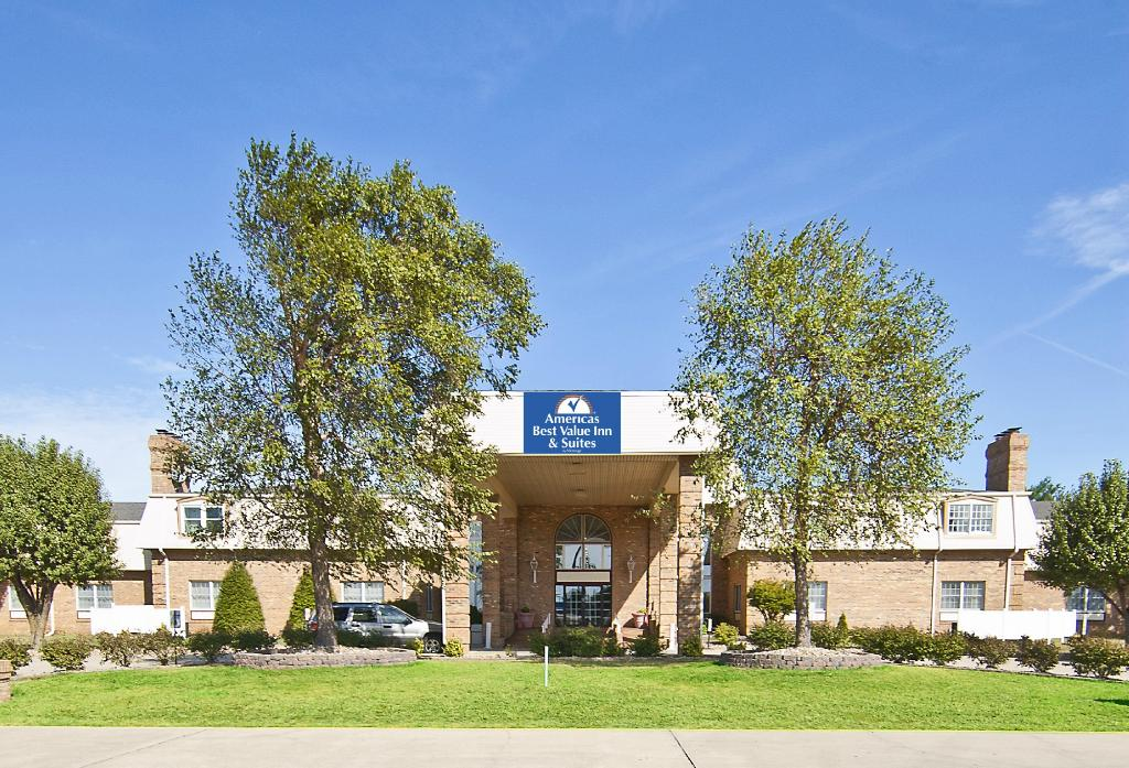 Americas Best Value Inn & Suites Sikeston MO