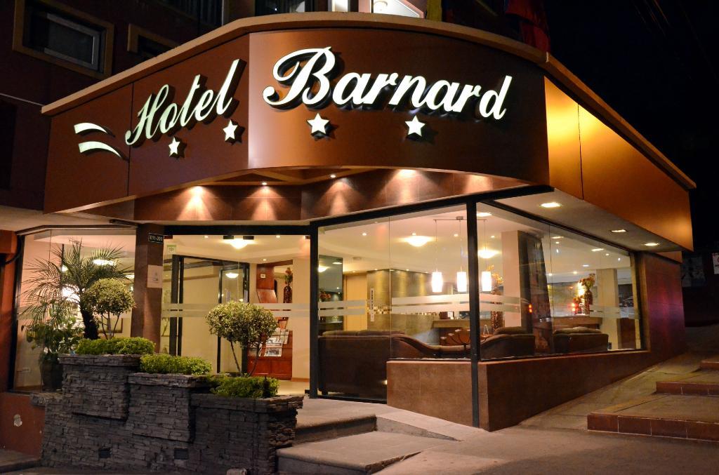 바너드 호텔