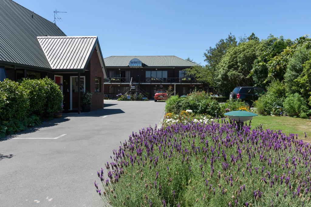 Garden City Motel