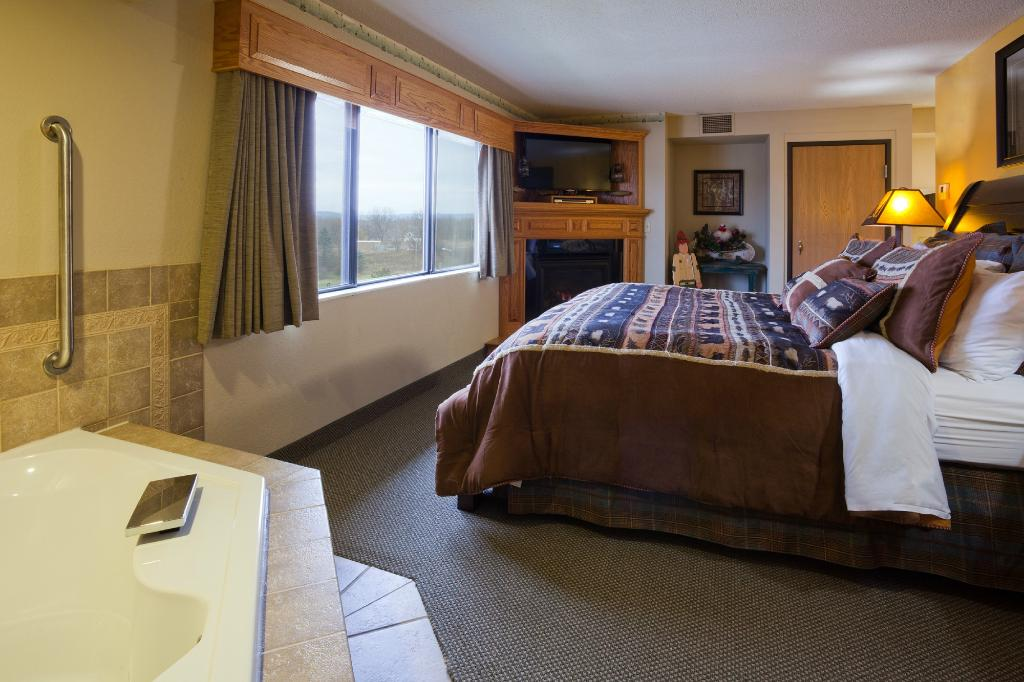 AmericInn Lodge & Suites Wabasha