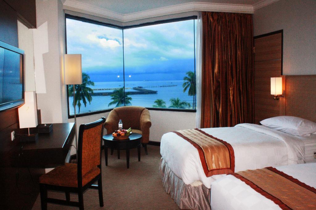 Quality Plaza Hotel