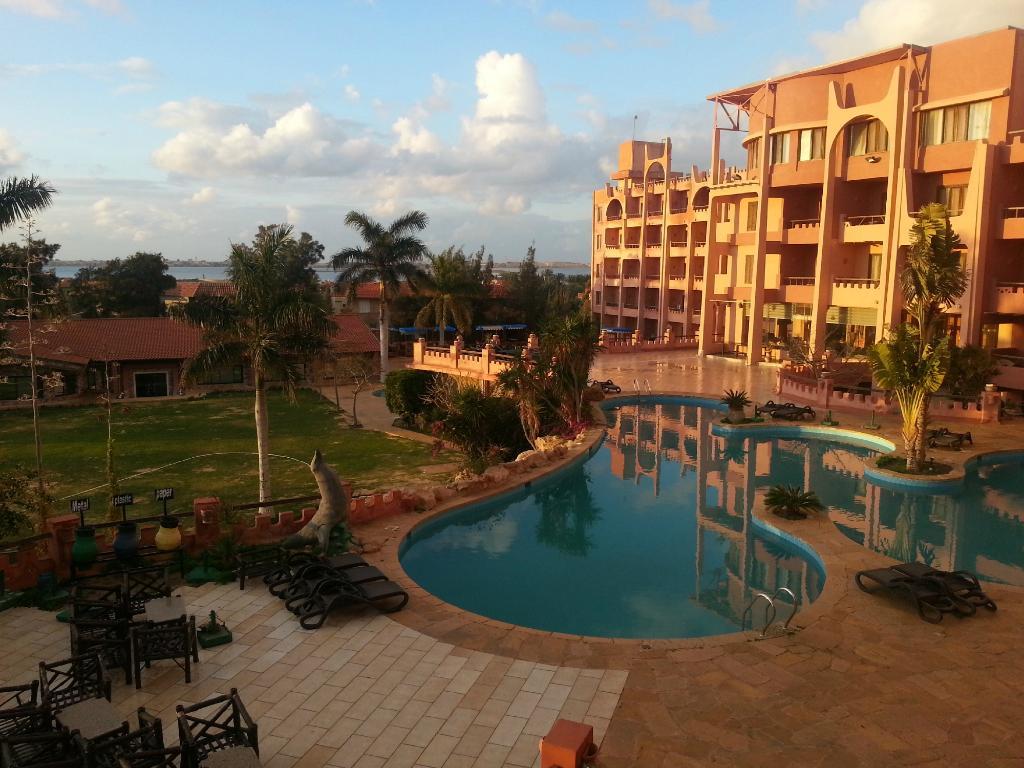 アフリカン ホテル & スパ