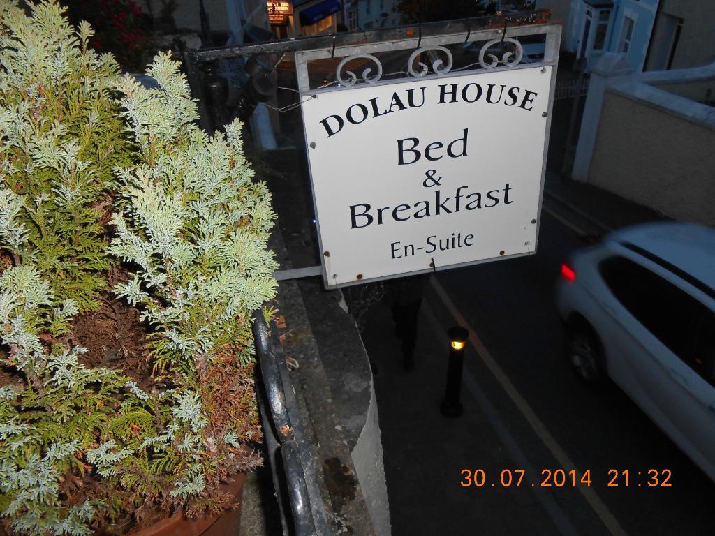 Dolau House