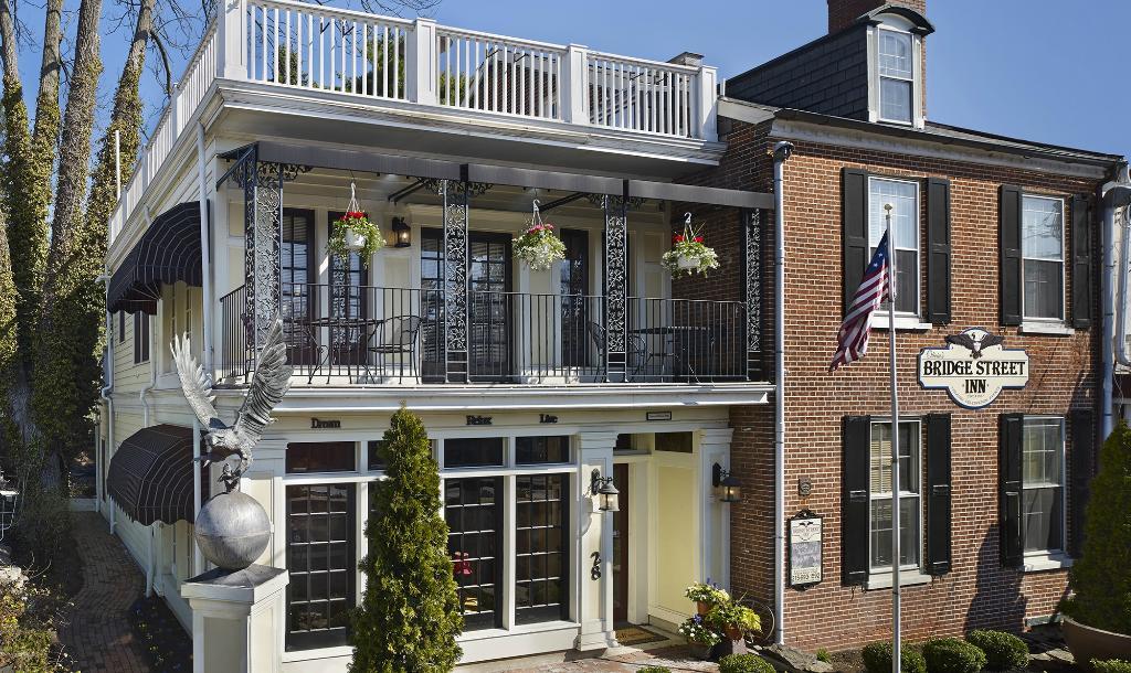 Olivia's Bridge Street Inn