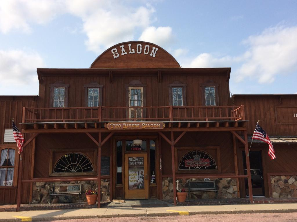 Two Rivers Saloon Hotel & Steakhouse
