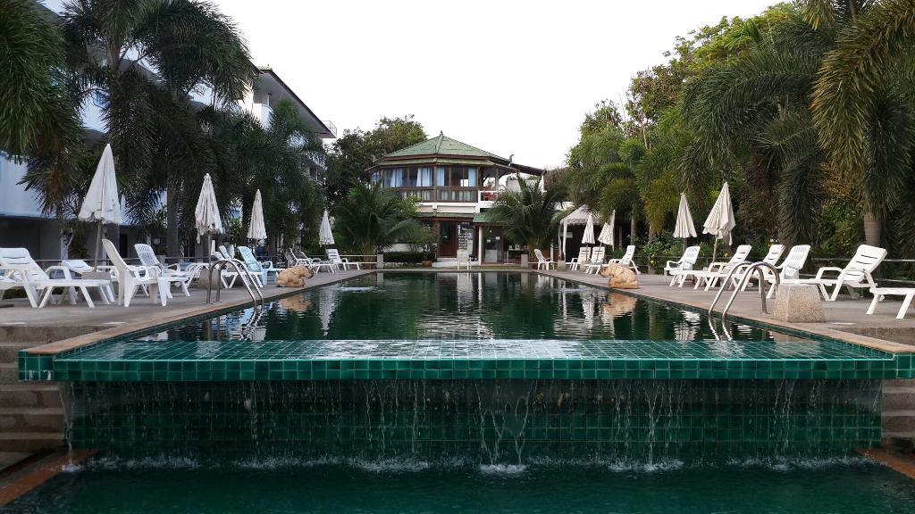 Petcherat Resort