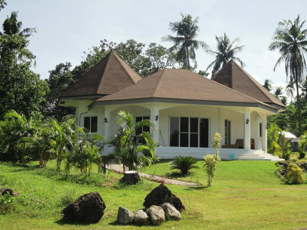 Villa Waterfront Beach Residences