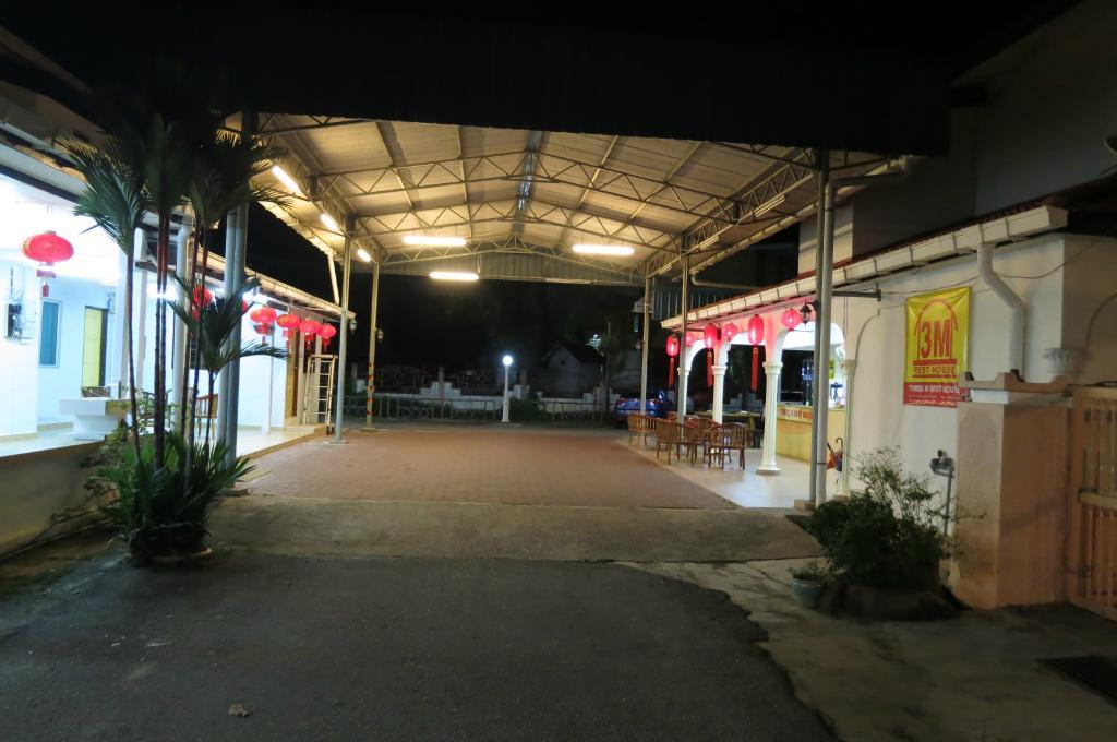 3M Rest House