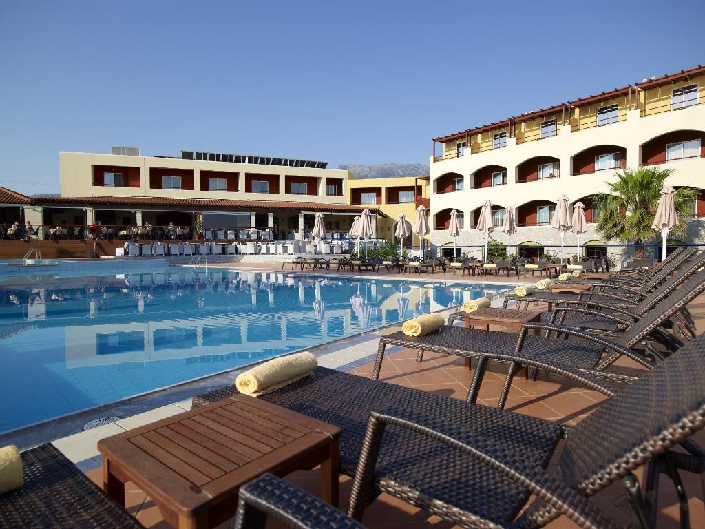 伊萊洛斯馬爾飯店
