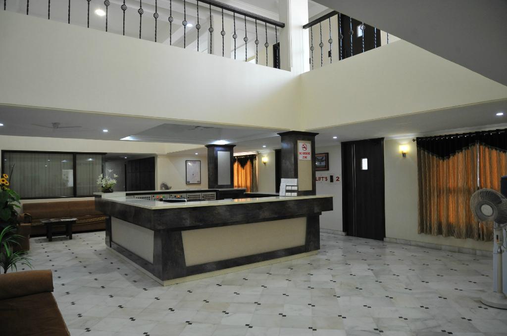 アルファ ホテル