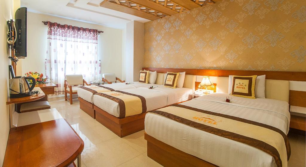 Boss Palace Hotel