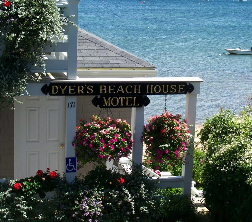 Dyer's Beach House