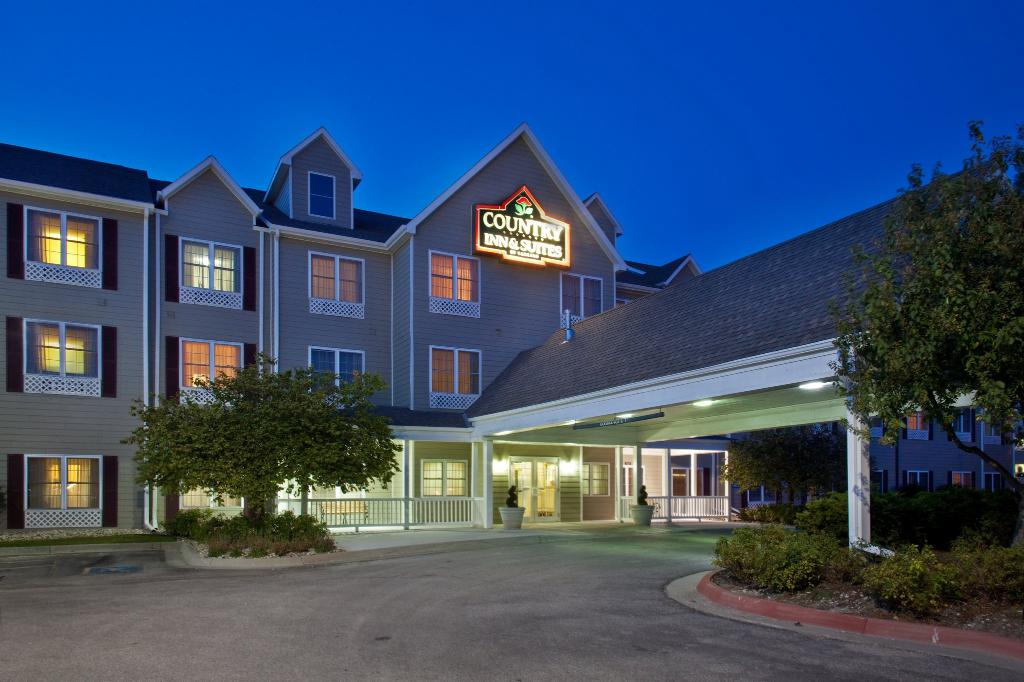 ‪Country Inn & Suites By Carlson, Omaha West‬