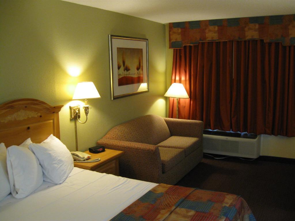 特勒爾海灣套房飯店