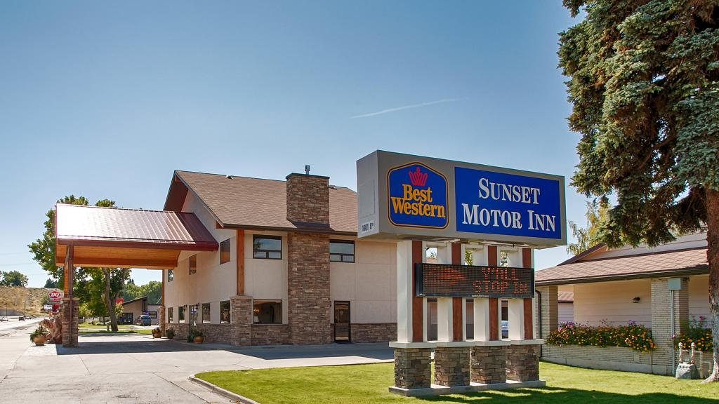 ‪BEST WESTERN Sunset Motor Inn‬
