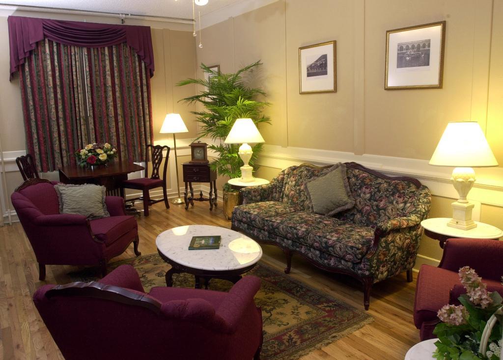 ホテル コロラド