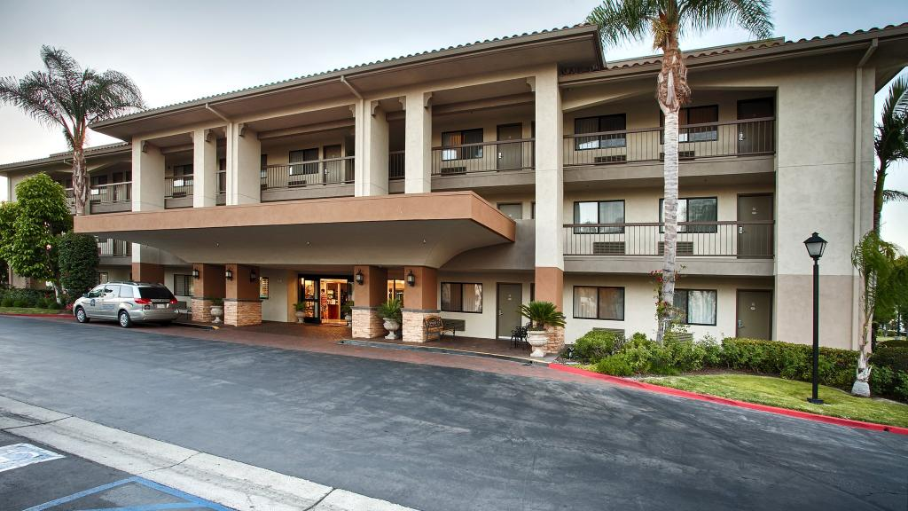‪BEST WESTERN PLUS Orange County Airport North‬