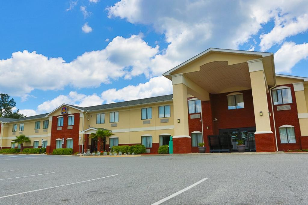 BEST WESTERN Panhandle Capital Inn & Suites
