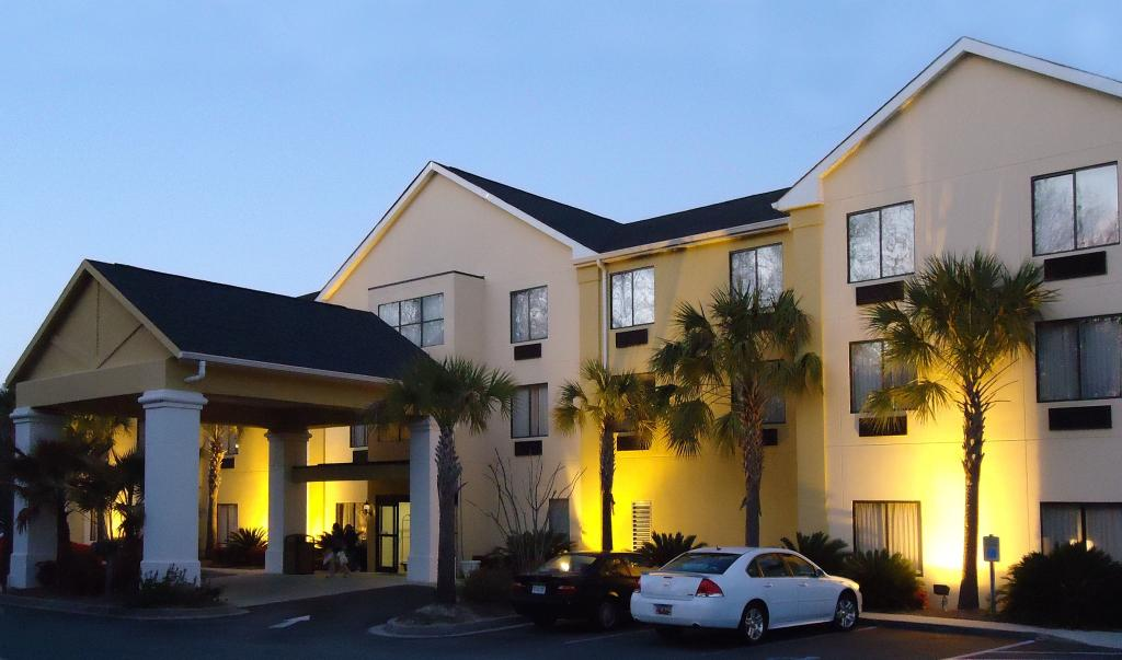 ‪BEST WESTERN Magnolia Inn and Suites‬