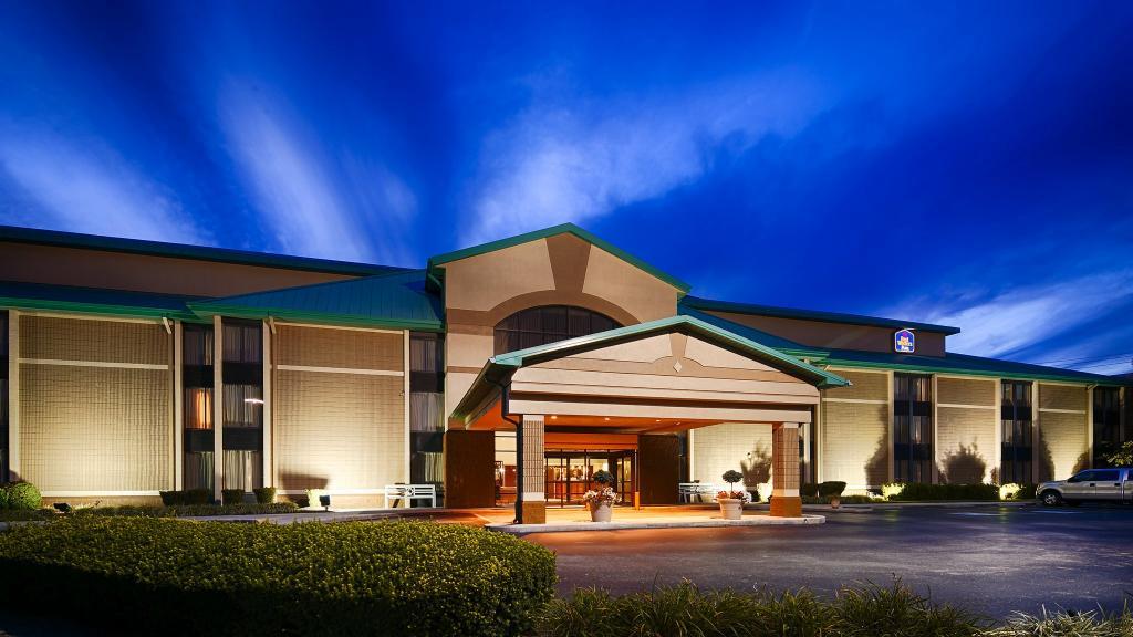 BEST WESTERN PLUS Cedar Bluff Inn