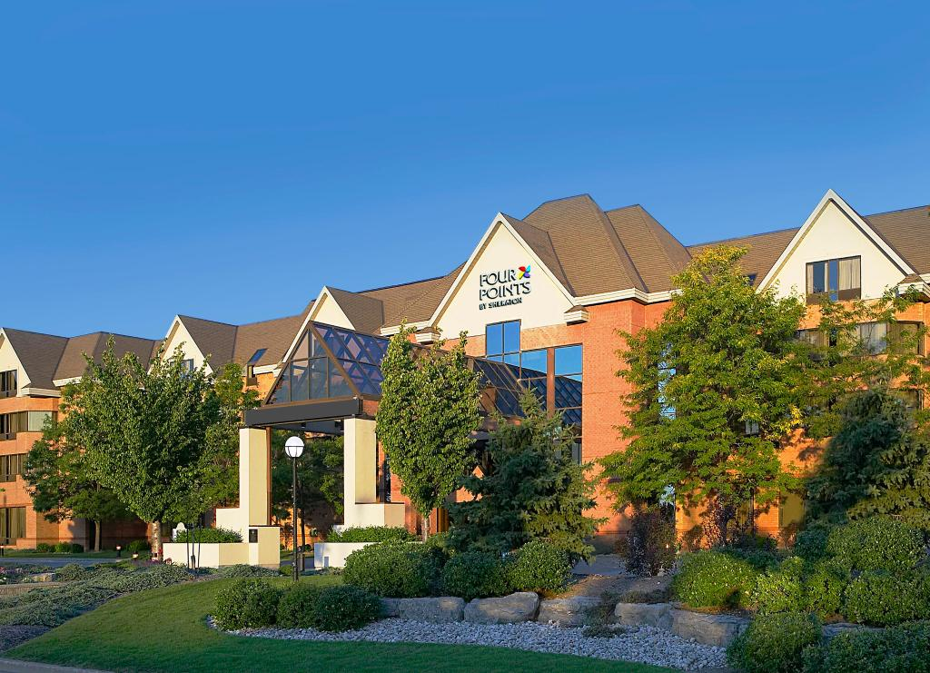 Four Points by Sheraton St. Catharines Niagara Suites