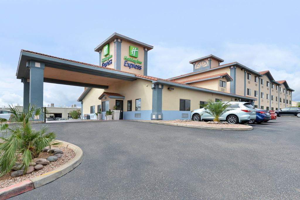 Holiday Inn Express Green Valley