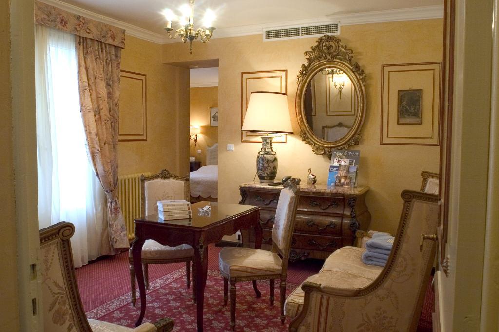 博內伊塔佩飯店