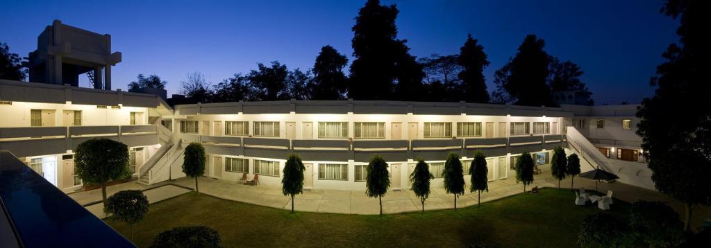 グランド ホテル アグラ