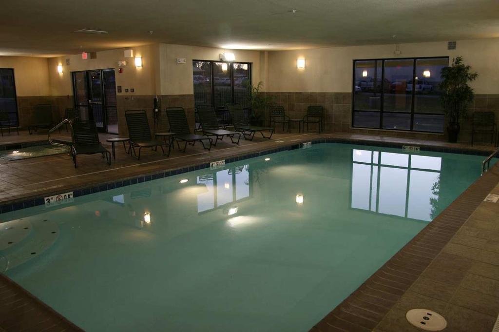 賓夕法尼亞州紐卡斯爾漢普頓旅館及套房飯店