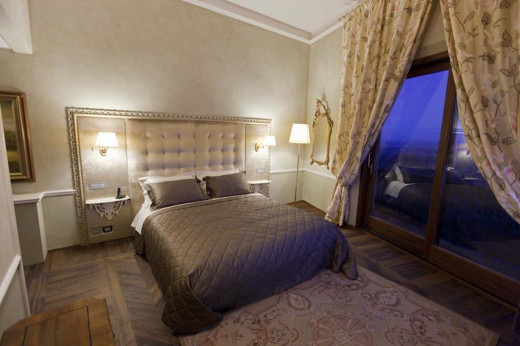 帕拉索卡爾麗緹酒店