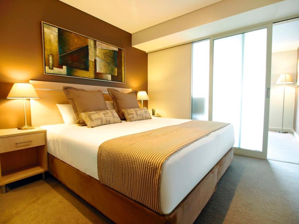 Oaks Embassy Apartment Hotel