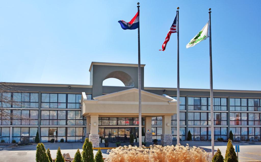 Holiday Inn Kansas City - NE