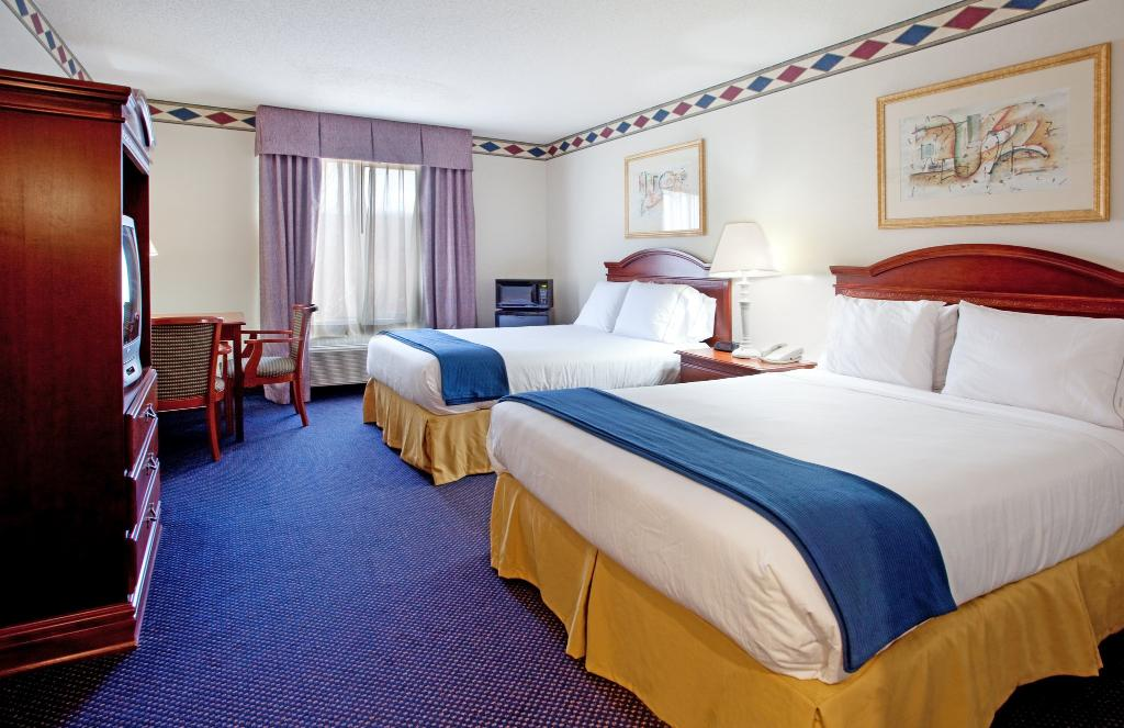 Holiday Inn Express Mebane