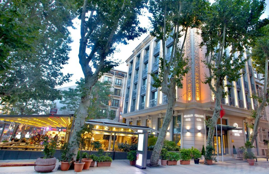 Pierre Loti Hotel