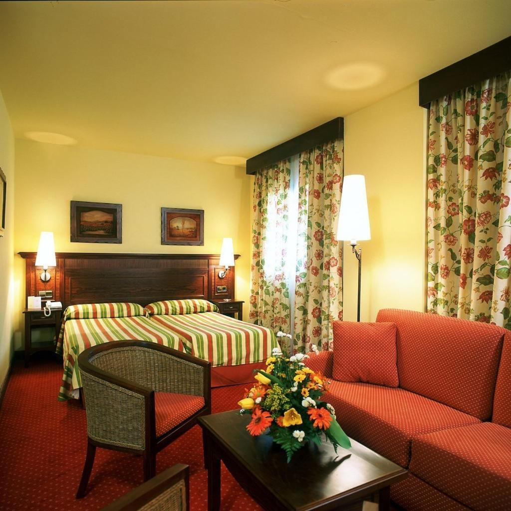 Husa Tuca Hotel