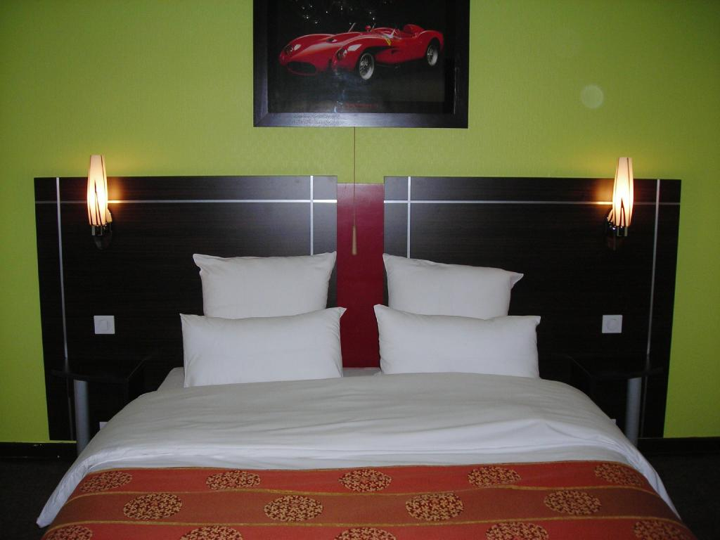 Enzo Hotels Haller