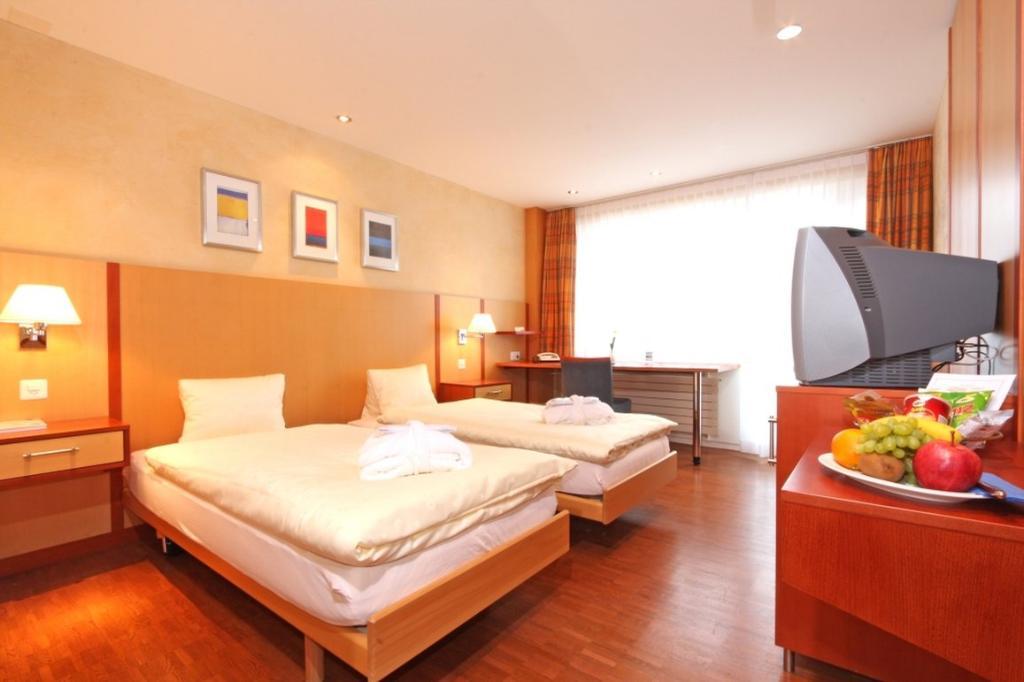 ゼンパハーゼー スイス クオリティ セミナーホテル