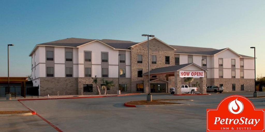 Baymont Inn & Suites Cotulla