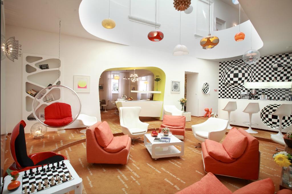 ヴィンテージ デザイン ホテル サックス