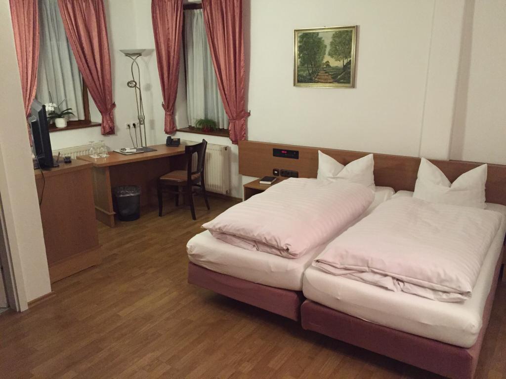 Hotel - Restaurant Fraenkischer Hof
