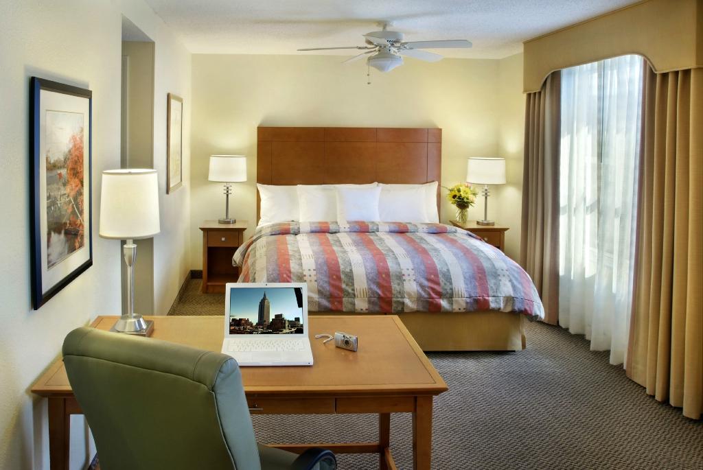 Homewood Suites by Hilton Bethlehem Airport