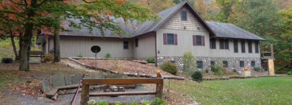 Kettle Creek Adventures Lodge and B&B