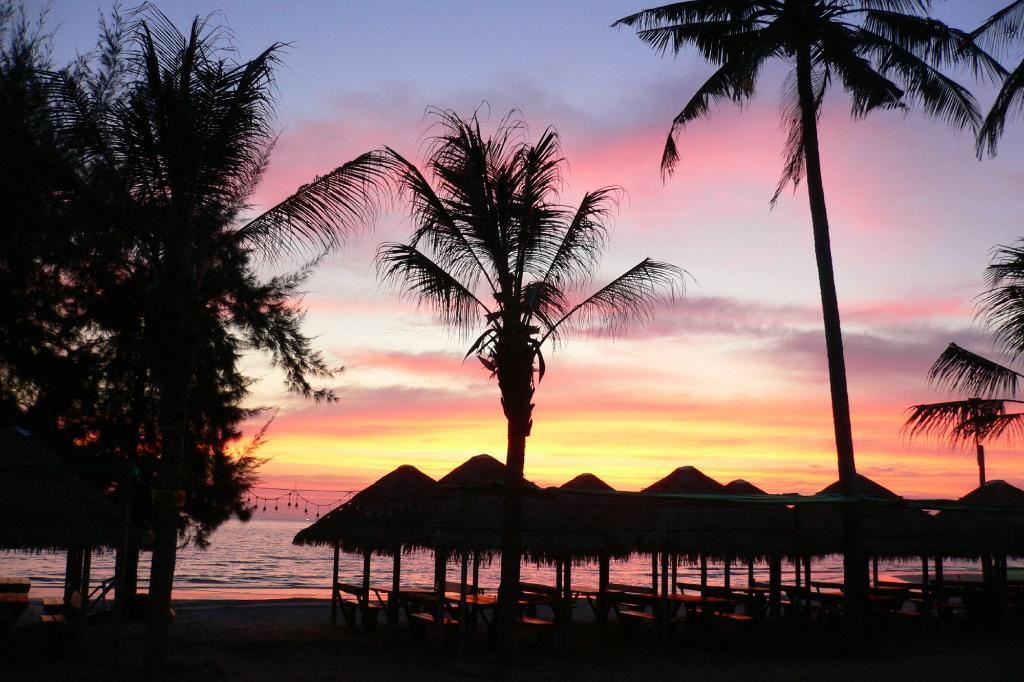 Metro Sand and Sea Resort