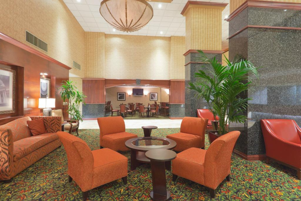 Holiday Inn Sacramento-Capitol Plaza